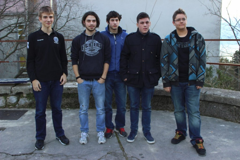 highschooloflegends10
